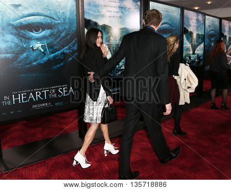 NEW YORK-DEC 7: Jennifer Connelly (L) and Paul Bettany attend New York premiere of