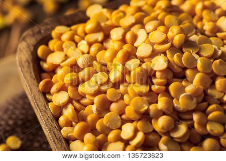 Raw Organic Yellow Split Peas
