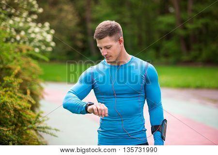 Having Good Time In Running