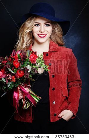Nice Girl Fashion Model with Red Flowers