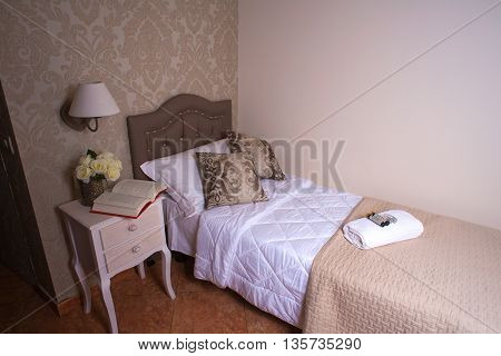 Single bedroom of the Ares Hotel Milan