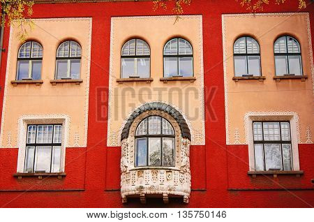 windows on a residential building in the old town