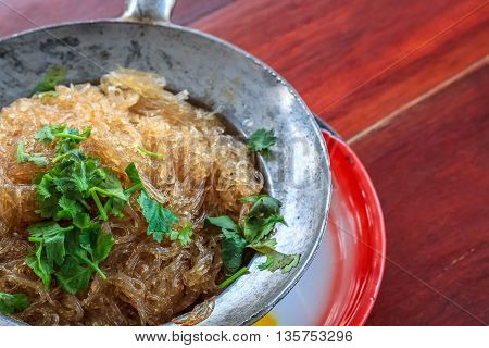 close up vermicelli shrimps with glass noodles in the hot pot