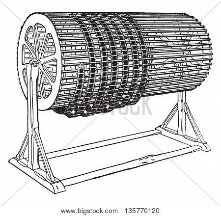 Drum drying, vintage engraved illustration. Industrial encyclopedia E.-O. Lami - 1875.
