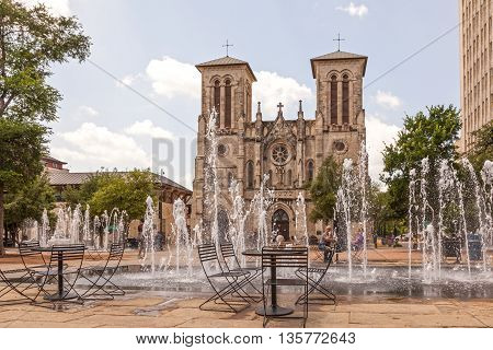 SAN ANTONIO USA - APR 11: The Cathedral of San Fernando and a fountain in San Antonio Texas. April 11 2016 in San Antonio Texas USA