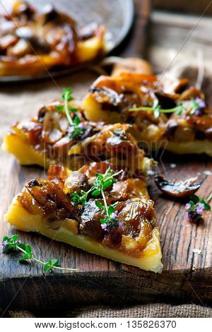 mushrooms tart . style rustic. selective focus