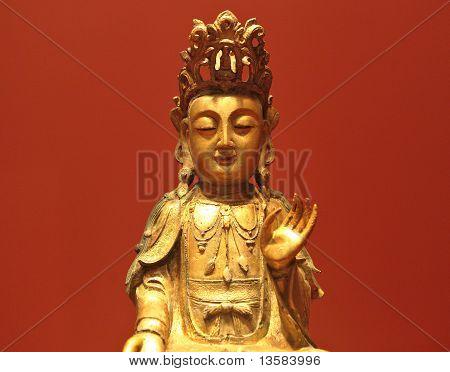 Kannon Statue