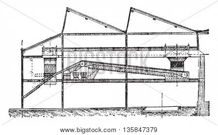 Screening machine shop, Longitudinal section, vintage engraved illustration. Industrial encyclopedia E.-O. Lami - 1875.