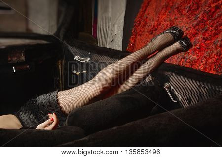 Pin Up Girl Style Long Legs in black heels