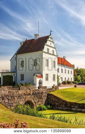 Ellinge slott is a castle in Eslov Municipality Scania in southern Sweden.