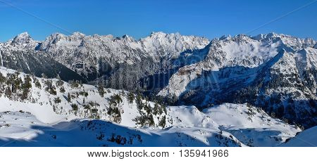 Sloan Peak and The North Cascades.  Gothic Basin Trail, Cascade Mountains, Washington, USA