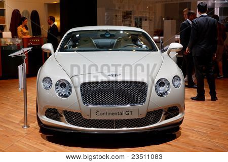 FRANKFURT - SEP 17: Bentley Continental GT car shown at the 64th Internationale Automobil Ausstellung (IAA) on September 17, 2011 in Frankfurt, Germany.