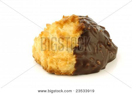 freshly baked cocos and chocolate cookie