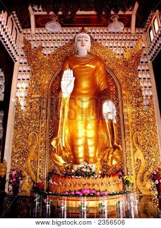 Giant Buddha Dhammikarama Burmese Temple
