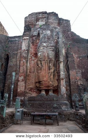 The Ruined Standing Buddha Statue With App. 8M Height, Polonnaruwa (ancient Sri Lanka's Capital), Sr