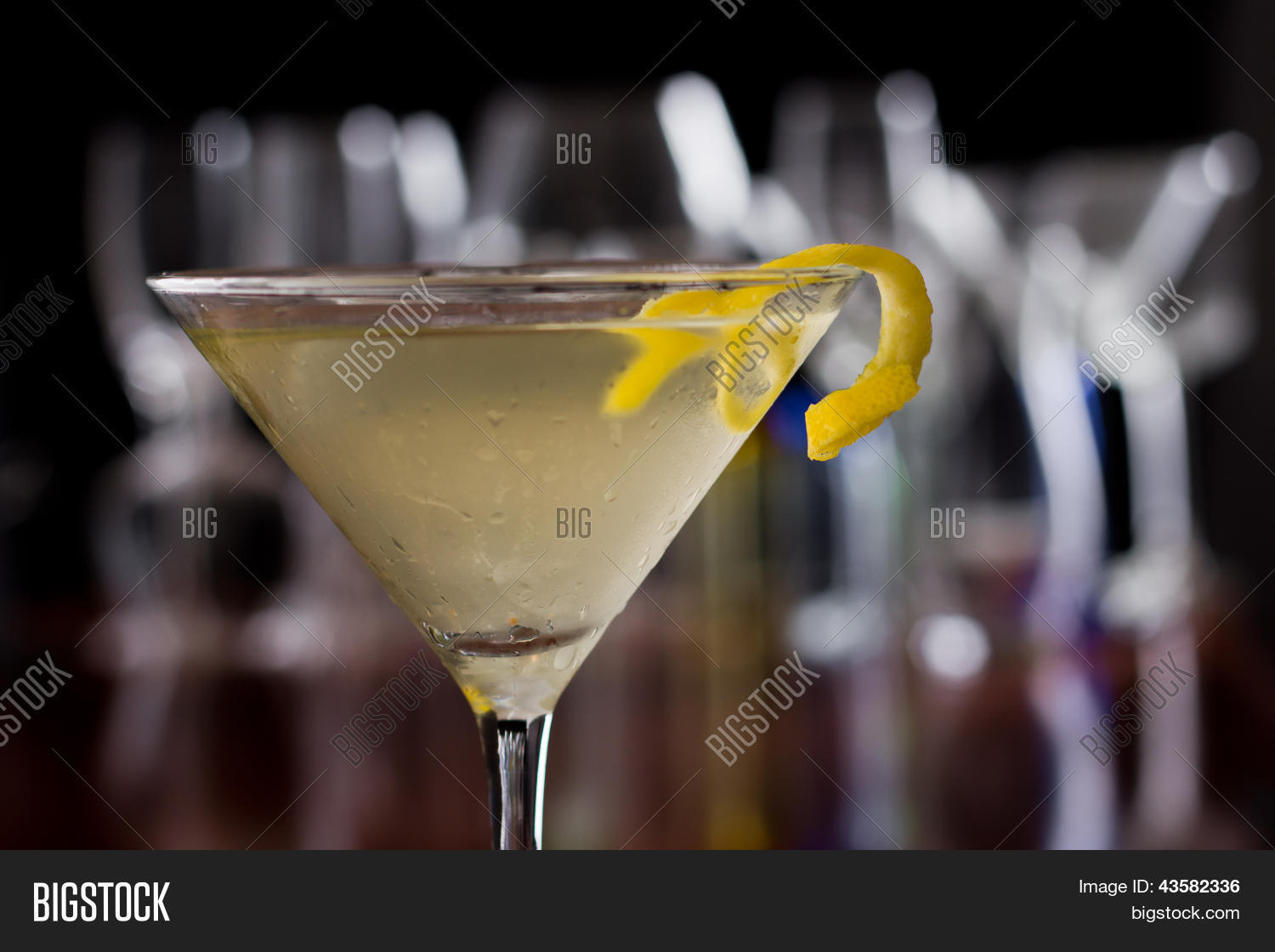 how to make a martini lemon twist