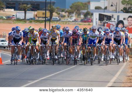 Lance Armstrong Amongst The Pelaton