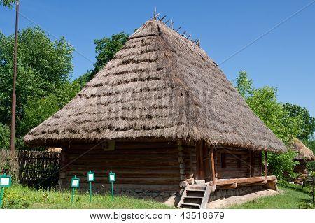 Old Wooden House A Museum Uzhhorod