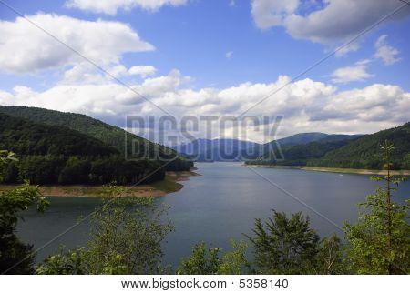 Vidraru Lake In Fagaras Mountains