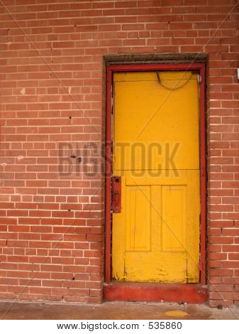 Yellow Door Red Trim