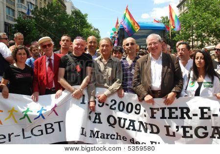 French Politicians At Paris Gay Pride 2009