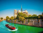 foto of notre dame  - Notre Dame de Paris - JPG