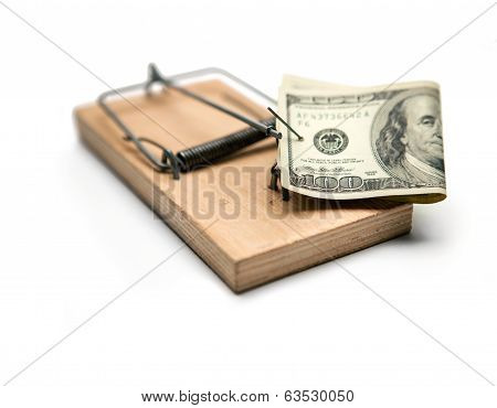 Activated mousetrap with money. Hypothec