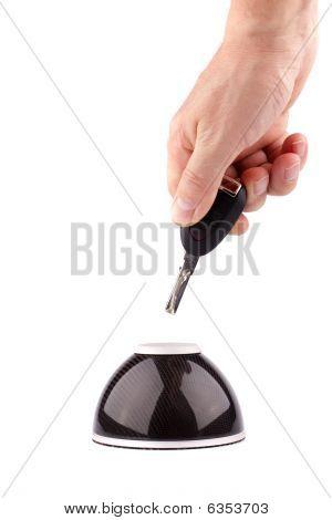 Declaración de una llave del coche en almacenamiento de información