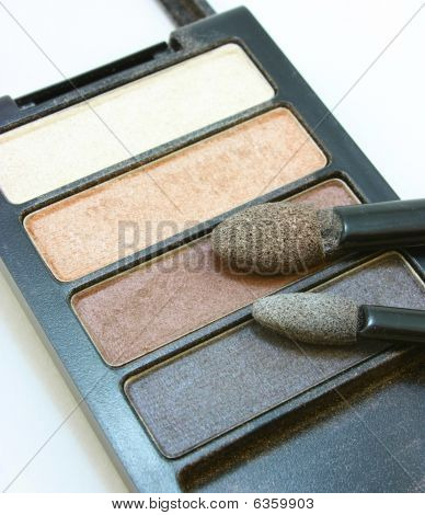 Makeup, eye shadow, single set of tones