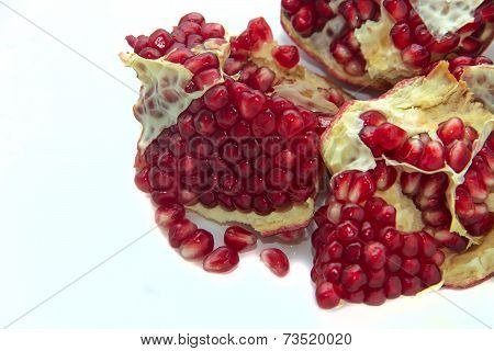 Cut The Fruit Pomegranate