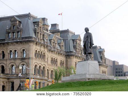 Ottawa Parliament Laurier Statue 2008