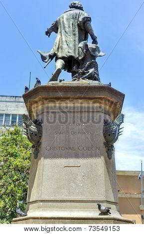 Christopher Columbus Statue, Parque Colon, Santo Domingo, Caribbean