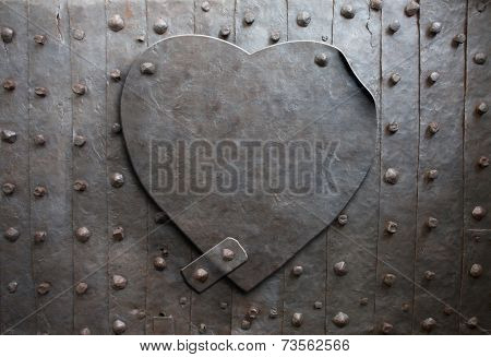 old metal heart as a metaphor
