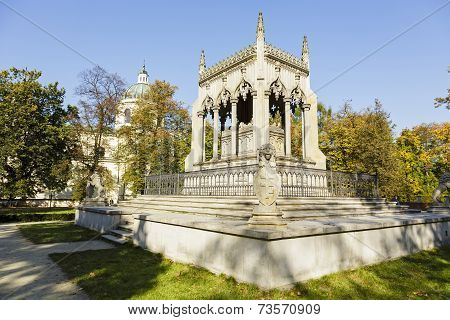 Potocki Mausoleum In Warsaw's Wilanow