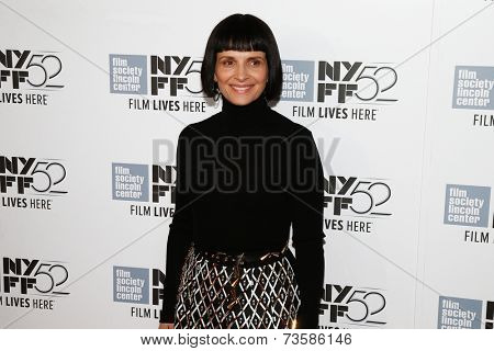 NEW YORK-OCT 08: Actress Juliette Binoche attends the premiere of