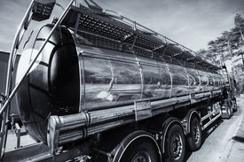 pic of fuel tanker  - large fuel and oil truck - JPG