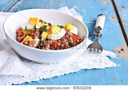 Salad Of Red Rice, Paprika And Eggs
