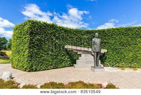 Monument To Frederick Ix Of Denmark In Copenhagen