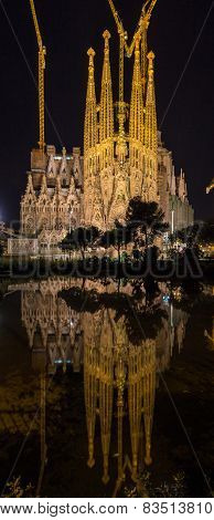 Night view of Sagrada Familia church