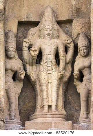Kanakku Vinayaka, Architect Of The Gangaikunda Temple.