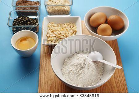Tools To Make A Cake