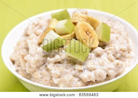Porridge Oats With Apple And Bananas Slices