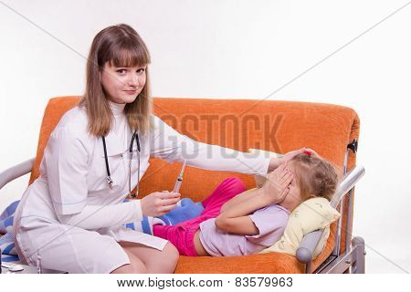 The Little Girl Does Not Want The Doctor To Do An Injection