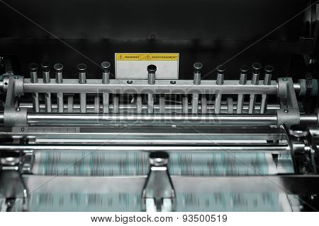 Printing Press With Blurred Conveyor Belt