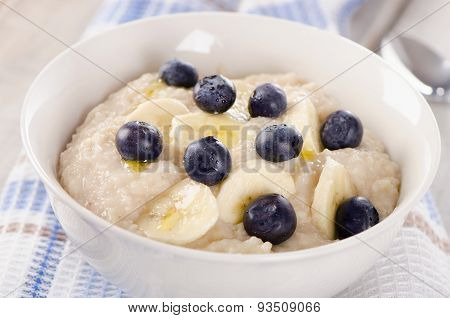 Oatmeal With Blueberries For  Breakfast.
