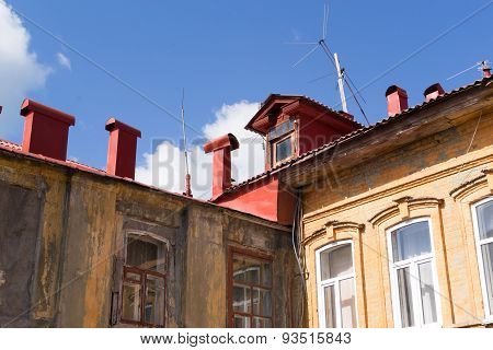 Traditional Russian Roofing And Housing