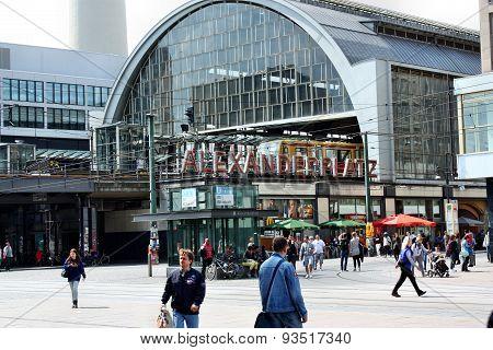 S-bahn Station Alexanderplatz