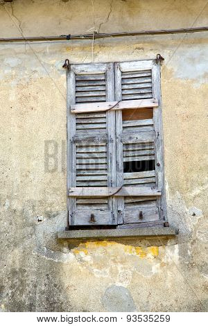 Window  Varese Palaces Italy Lonate Ceppino