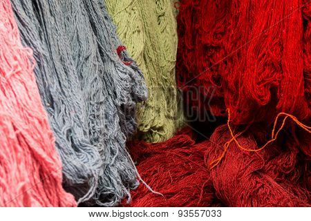 wool for carpets