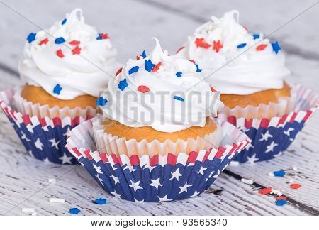 Cupcakes With Patriotic Sprinkles